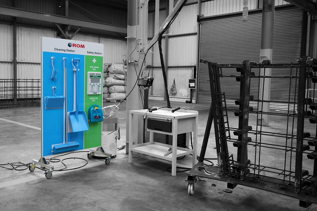 Cleaning Stations Mobile with Tooling